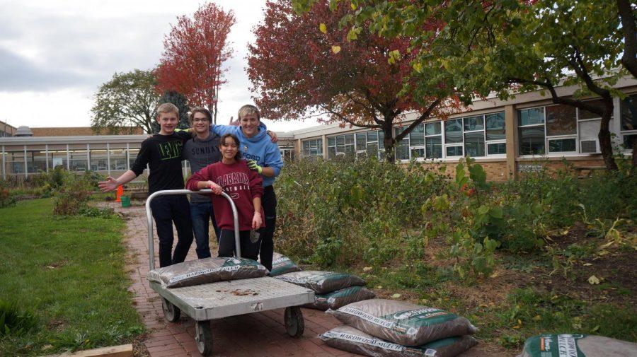 Mulch+Ado+About+Something%3A+Student+Ambassadors+Tim+Morris%2C+Evan+Click%2C+Vanessa+Silva+%26+Tyler+McGinnis+help+beautify+courtyard