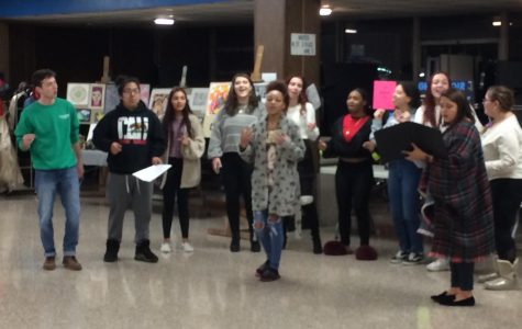 Choir entertains at New Student Orientation Night