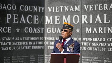 "Stanley ""Curly"" Thompson speaks at the LZ Peace Memorial in Rockford. Image Credit: Rockford Register Star"