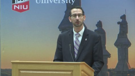Tom McNamara speaking about the new scholarship program. Image Credit: MyStateline Eyewitness News